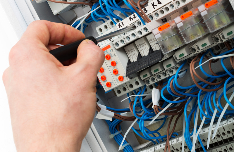 CURSO DE ELECTRICISTA EN INMUEBLES